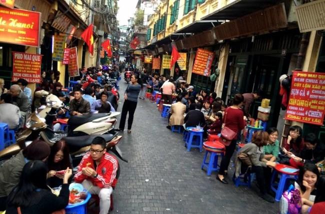 taste street food hanoi