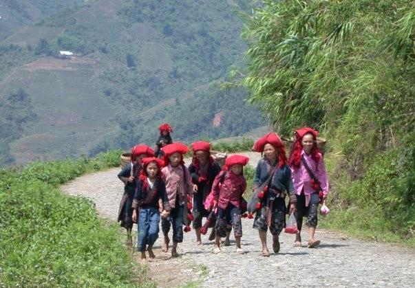 ethnic hill tribes sapa