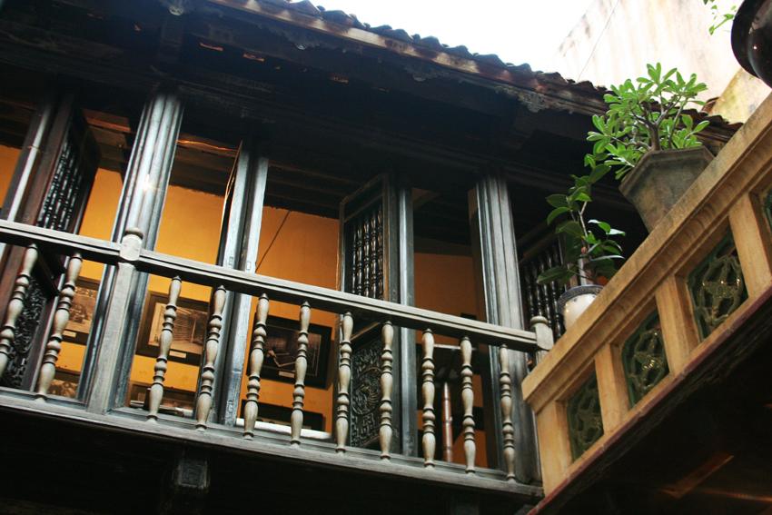 ancient house 87 ma may hanoi