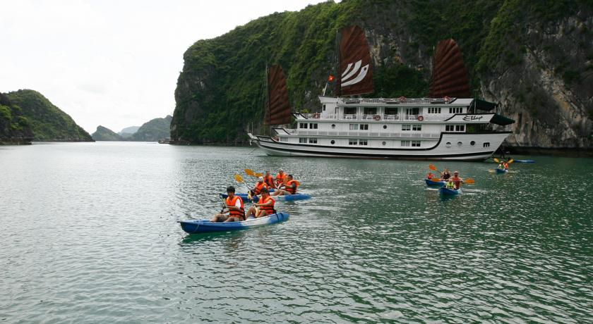 bhaya cruise halong bay