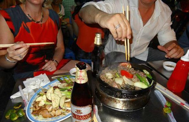 Hanoi Street Food Tour - Sample Hanoi Street Food