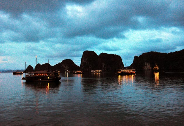 overnight on halong bay
