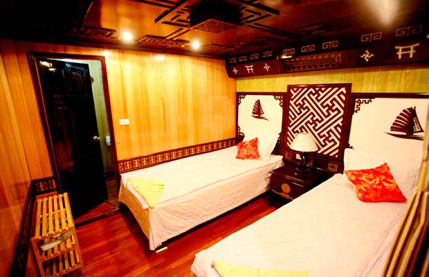 dragon cruise twin room