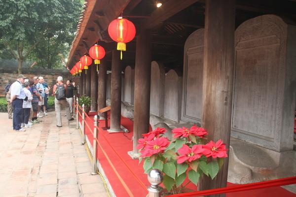 Hasil gambar untuk Temple of Literature vietnam 600 x 400
